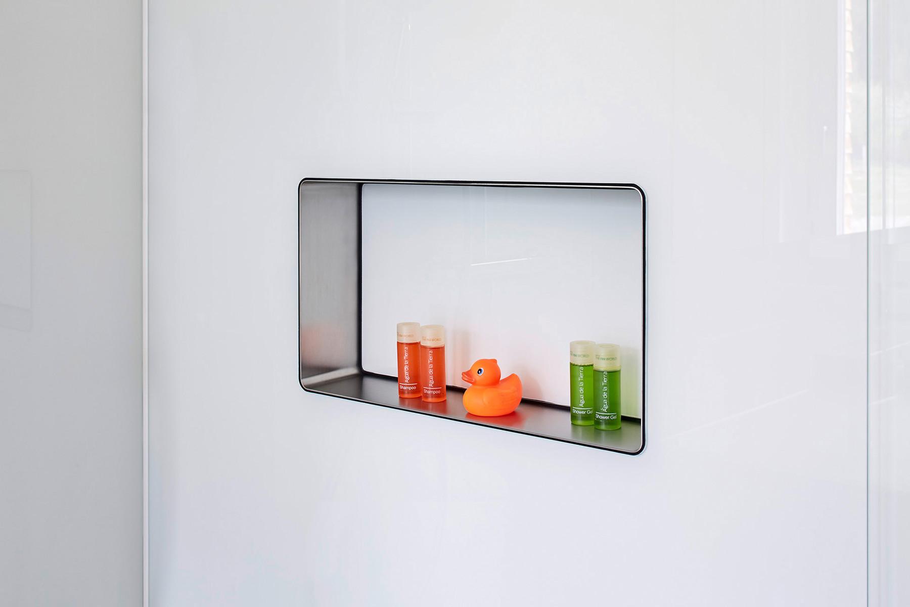 Duschen Aus Glas Barrierefrei : iShower ? fl?chenb?ndige Nische in Duschen, f?gt sich elegant und