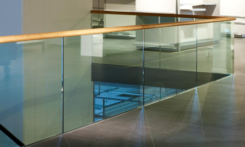 Dusche Glas Pflegeleicht : Glasgeländer – Freiheit so weit das Auge ...