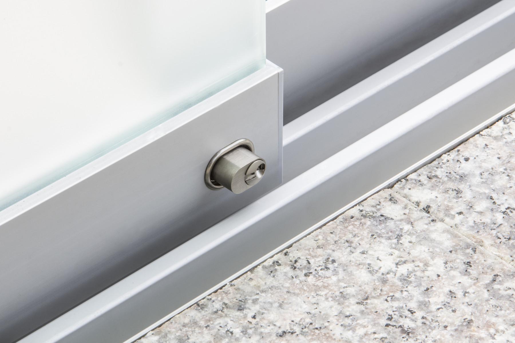 balkon und sitzplatzverglasungen welches system eignet sich news glasvetia. Black Bedroom Furniture Sets. Home Design Ideas